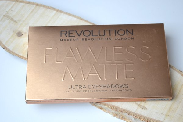 Eyeshadow palette makeup revolution