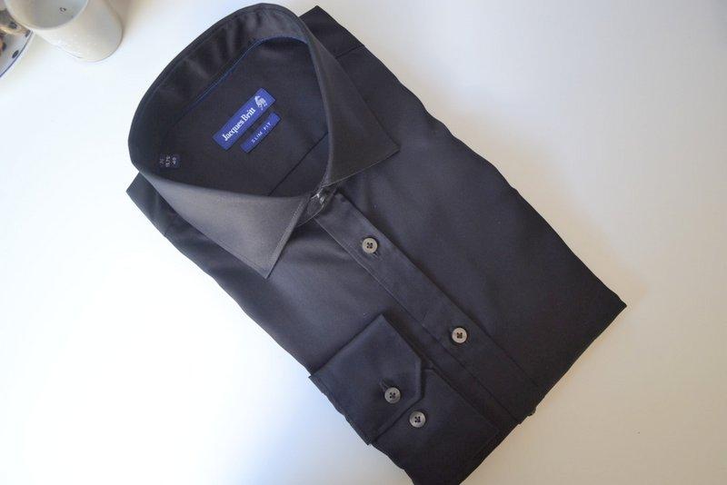zwarte overhemd